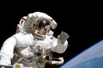 NASA zoekt oplossing voor poep-probleem in de ruimte