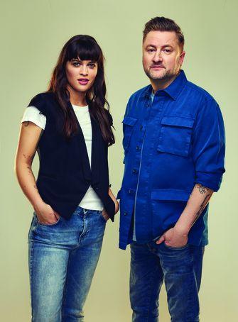 Het nieuwe presentatieduo Bella Hay en Dennis Weening. | Foto's: Spike