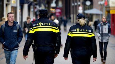 Politieagenten op straat. Foto: ANP | Koen van Weel