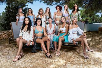 Een foto van de vrouwelijke singles in Temptation Island