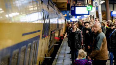 'Beste reizigers, nieuwe dienstregeling ingegaan'