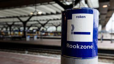 Vanaf 1 oktober zijn de Nederlandse stations rookvrij