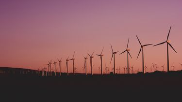 zonnepanelen duurzame energie windmolens