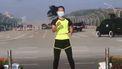 Sportinstructrice uit Myanmar legt per ongeluk staatsgreep vastlegt.
