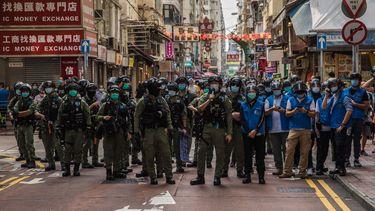 Politie Hongkong vuurt pepperspray af op demonstranten