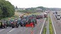 Boeren hebben het distributiecentrum bij de Albert Heijn in Zwolle geblokkeerd