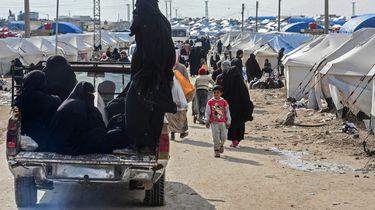 De IS-vrouwen die vastzitten in Noord-Syrië, hoeven niet teruggehaald te worden.