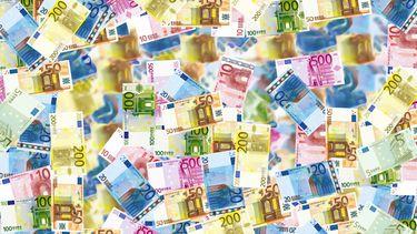 Man gebruikt telefoon in busje, wordt opgepakt met 775.000 euro