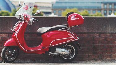 Scooter geparkeerd