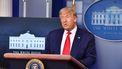 Op deze foto is president Donald Trump van de Verenigde Staten te zien tijdens een persconferentie.