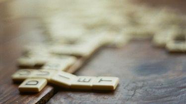 Speeddaten met behulp van 'n erotisch potje Scrabble