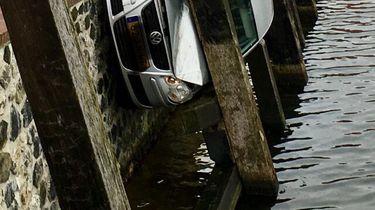 Vrouw 'parkeert' op erg bijzondere manier